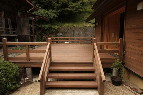 龍蔵寺様木製デッキ